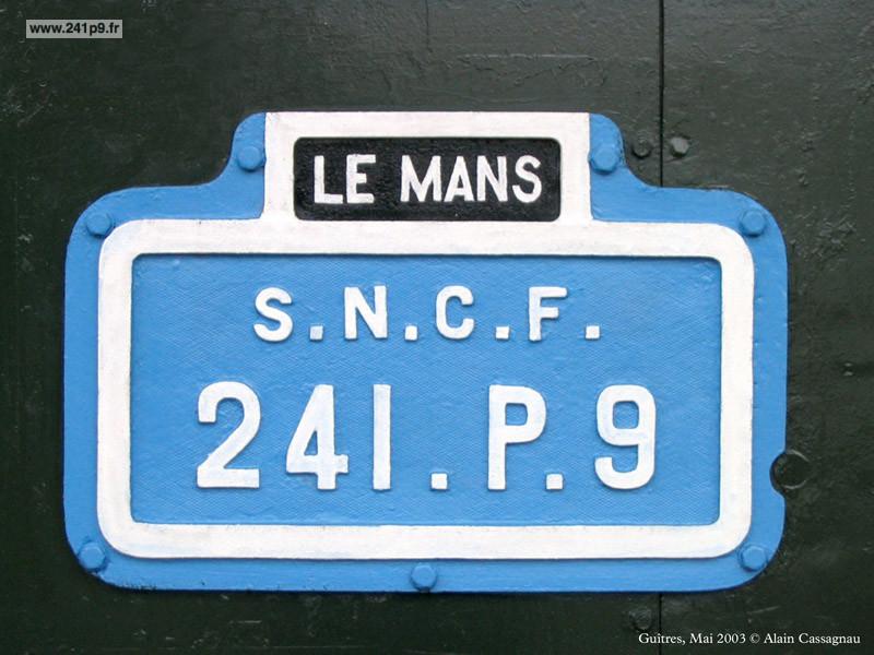 histo 241P9 plaques bleues Historique 2   Carrière SNCF de la 241 P 9